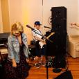 Taylor Swift en concert avec Ed Sheeran lors d'une soirée chez elle. Photo publiée sur Instagram, le 5 juillet 2016.