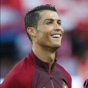 Cristiano Ronaldo séduit par une hôtesse à l'Euro: La divine Céline fait le buzz