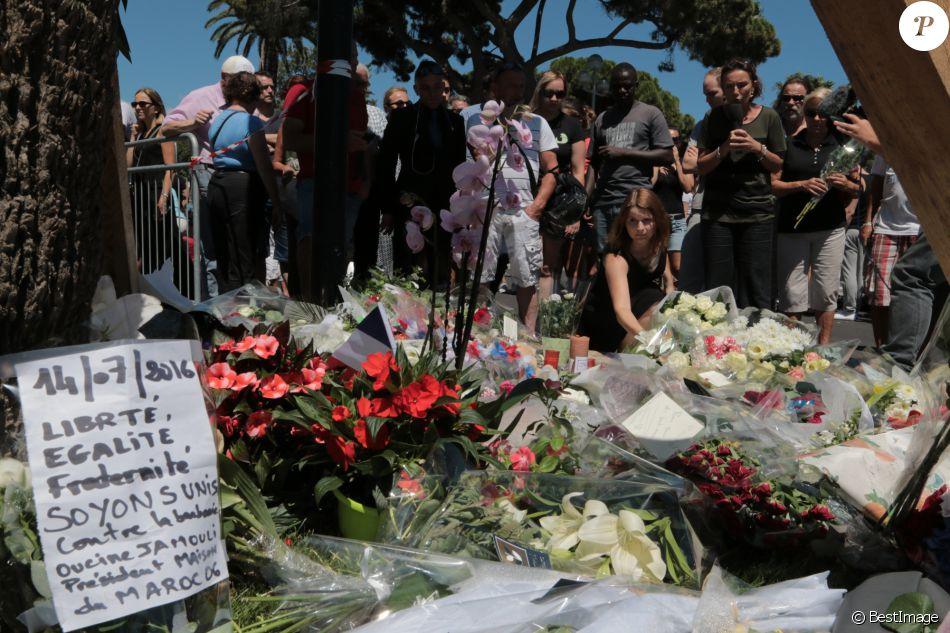 2492022-hommage-aux-victimes-de-l-attentat-du-14-950x0-2.jpg