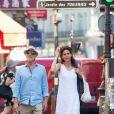 Semi-Exclusif - Don Johnson et sa femme Kelley Phleger se promènent rue Saint Honoré à Paris, le 19 juillet 2016.  Semi-Exclusive - Don Johnson and his wife Kelley Phleger strolling on rue Saint-Honoré in Paris, on July 19 2016.19/07/2016 - Paris