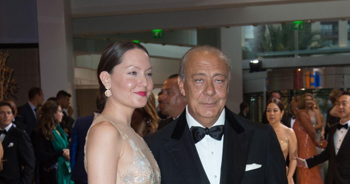 Fawaz gruosi et sa compagne sophie taylor arriv es au 68 me gala de la croix rouge mon gasque - Sophie jovillard et sa compagne ...