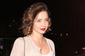 Miranda Kerr fiancée : Elle sort son énorme bague pour un dîner romantique