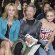 """Vanessa Paradis, Jean-Paul Goude et Lily-Rose Depp - People au défilé de mode """"Chanel"""", collection prêt-à-porter printemps-été 2016, au Grand Palais à Paris. Le 6 Octobre 2015"""