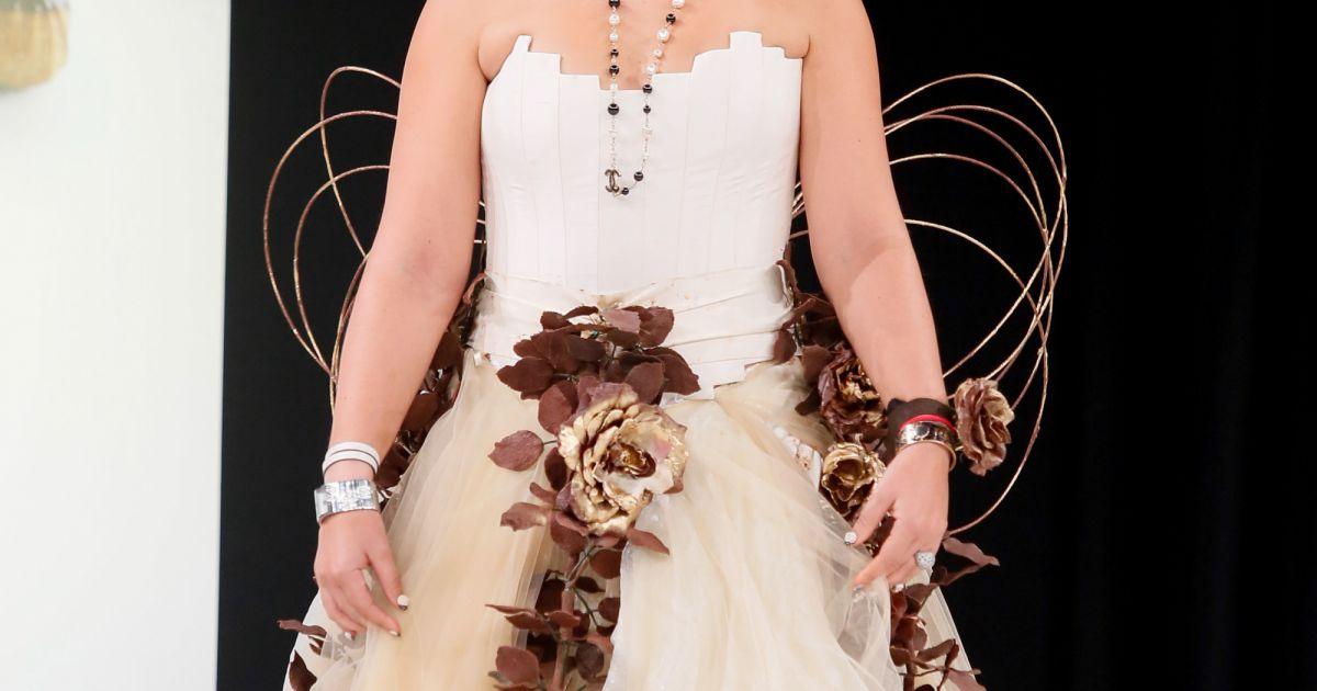 Marion bartoli d fil du 20 me salon du chocolat 2014 au for Porte de versailles salon mariage