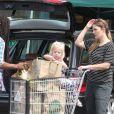 Drew Barrymore fait du shopping avec sa fille Frankie Barrymore Kopelman au Whole Foods à Hollywood, le 28 juin 2016