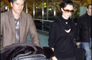 REPORTAGE PHOTOS EXCLUSIF : Paz Vega sublime... même à l'aéroport !