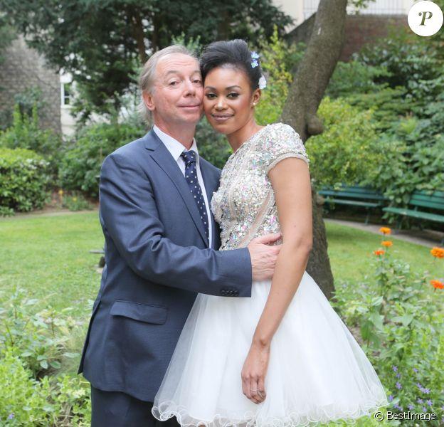Exclusif - Philippe Chevallier et Tiffany à la Mairie du XVIème arrondissement à Paris lors de leur mariage, le 26 juillet 2016