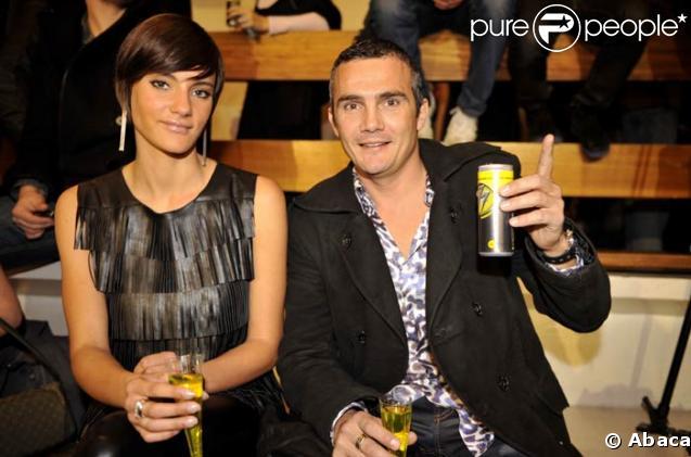 Richard Virenque et sa compagne Jessica à la course en escarpins organisée par Sarenza, Paris, le 21/11/08