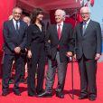 Alberto Barbera et Paolo Baratta aux côtés de Jean-Paul Belmondo et Sophie Marceau sur le tapis rouge du 73e Festival du Film de Venise, la Mostra, pour recevoir le Lion d'Or pour l'ensemble de sa carrière. Le 8 septembre 2016