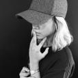 Sofia Richie s'est fait tatouer par l'artiste Jon Boy alias Valena. Elle arbore une croix sur le doigt comme son chéri Justin Bieber. Photo publiée sur Instagram en septembre 2016