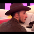"""Julien déprimé - """"Secret Story 10"""" sur NT1. """"Hebdo"""" du 15 septembre 2016."""