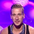 """Julien se confie sur le rapprochement Bastien/Mélanie - """"Secret Story 10"""" sur NT1. """"Hebdo"""" du 15 septembre 2016."""