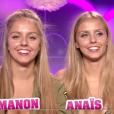 """Anaïs et Manon dans le confessionnal - """"Secret Story 10"""" sur NT1. """"Hebdo"""" du 15 septembre 2016."""