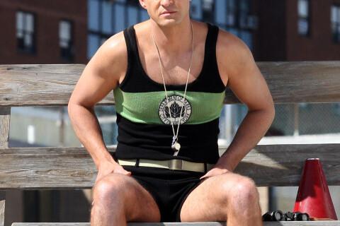 Justin Timberlake en combinaison rétro de maître-nageur : On aime ou pas ?