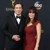 Emmy 2016 : John Travolta et sa femme Kelly transformée, David Schwimmer in love