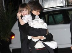 REPORTAGE PHOTOS : L'adorable Suri Cruise bougonne et nargue... les photographes !