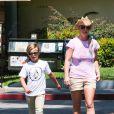Britney Spears et ses fils à Calabasas  le 31 juillet 2015