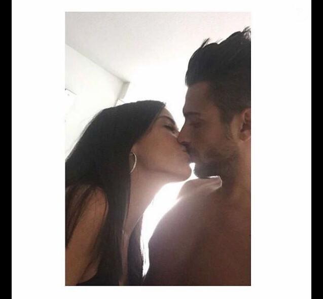 """Julien Tanti et Manon Marsault des """"Marseillais"""" amoureux, sur Instagram, août 2016"""