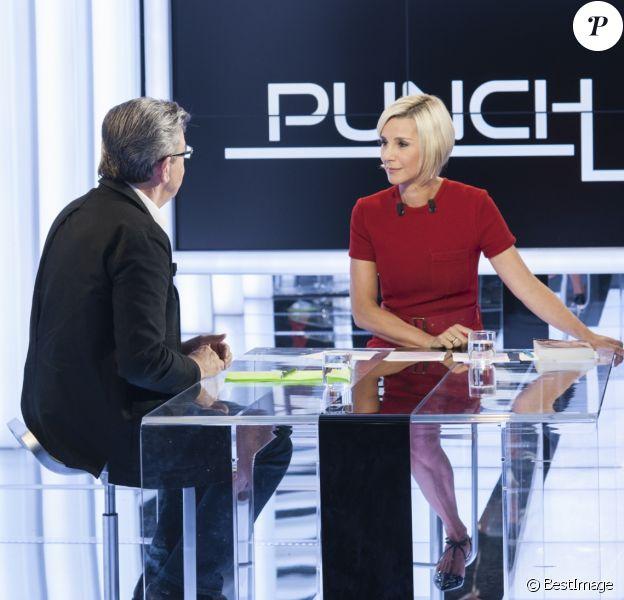"""Exclusif - Première diffusion du magazine politique """"Punchline"""" présenté par Laurence Ferrari avec Jean-Luc Mélenchon (candidat de """"La France insoumise"""" à l'élection présidentielle) en invité, dans les studios de C8 à Paris, le 25 septembre 2016. Punchline est en direct tous les dimanches à 12h05 sur C8 et produit par C8 / Newstime / Eléphant & Cie. © Pierre Perusseau/Bestimage Verbatim de Jean-Luc Mélenchon : """"Toutes les références à l'histoire sont constructives."""" """"Qui à part moi propose d'en finir avec la Vème République et de convoquer une Assemblée constituante ? """" """"L'euro tel qu'il est, est un garrot qui tue la production."""" """"Il faut sortir des traités européens car ils provoquent la pagaille et la misère."""" """"Je suis pour le vote obligatoire en tenant compte des bulletins blancs."""" """"Il faut avoir une attitude rationnelle et organisée avec l'immigration."""" """"Je suis candidat pour être élu."""" """"Il ne faut pas proposer aux jeunes de s'endetter pour faire leurs études. Je propose une allocation d'autonomie.""""  No web/No blog pour Belgique/Suisse25/09/2016 - Paris"""