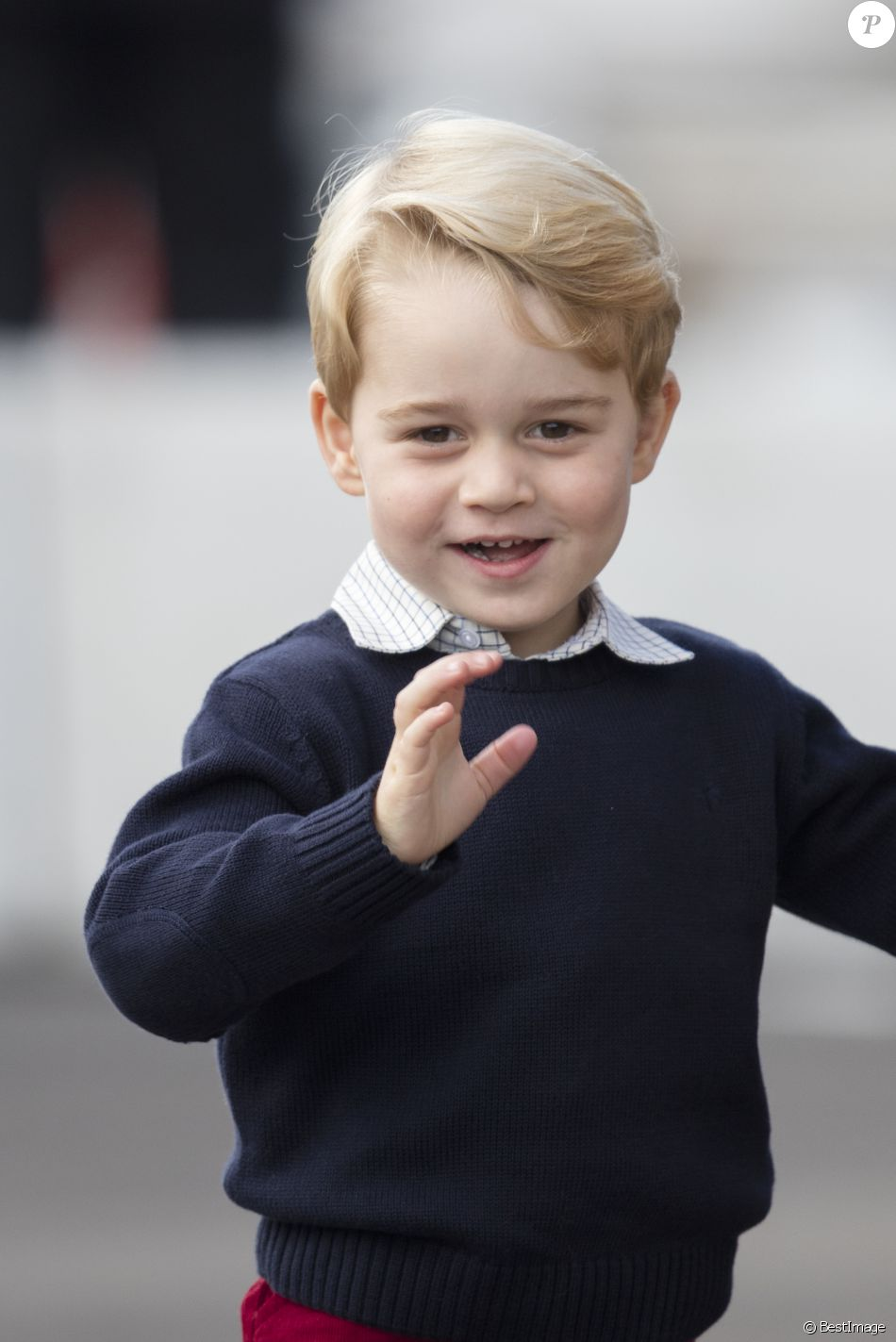 Le prince George maîtrise le