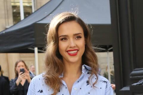Fashion Week : Jessica Alba, jumelle d'Adriana Abascal chez Valentino !