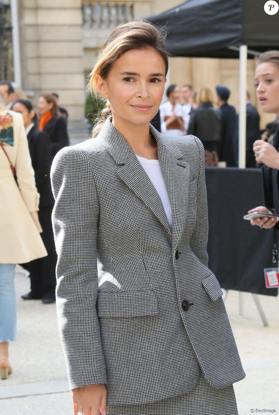 Miroslava Duma (Mira Duma) arrivant au défilé de mode  quot Valentino quot , 2bc30966517