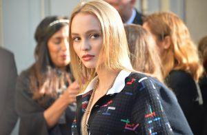 Lily-Rose Depp, sublime copie conforme de sa mère chez Chanel face à Soko