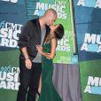 Jana Kramer et Mike Caussin (son troisième mari et père de sa fille) lors des CMT Music Awards, le 10 juin 2015 à Nashville