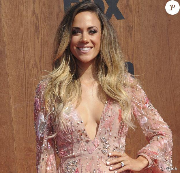 Jana Kramer à la cérémonie des American Country Countdown Awards à The Forum, Inglewood, Los Angeles, le 1er mai 2016