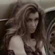 """Jenifer dans le clip """"Paradis Secret"""""""