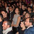 Laury Thilleman (Miss France 2011)dans les coulisses du défilé du 22ème salon du chocolat à la porte de Versailles à Paris le 27 octobre 2016. © Veeren-Perusseau/Bestimage