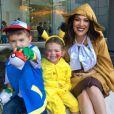 Alyssa Milano a fêté Halloween avec sa famille sur le thème de Pokémon Go. Instagram, octobre 2016.