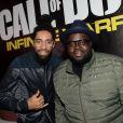 """Fary et Issa Doumbia à la soirée de lancement du jeux """"Call of Duty : Infinite Warfare"""" à Paris le 3 novembre 2016. © Rachid Bellak"""