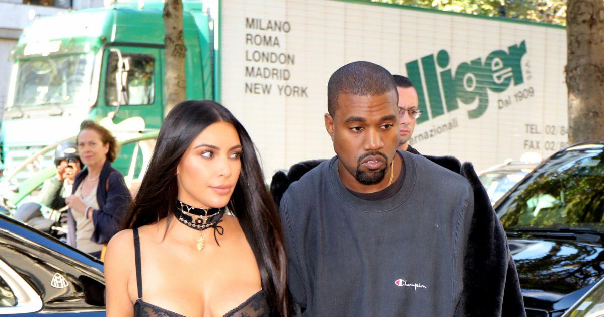 kim kardashian et kanye west pendant la fashion week paris le 29 septembre 2016 agence. Black Bedroom Furniture Sets. Home Design Ideas