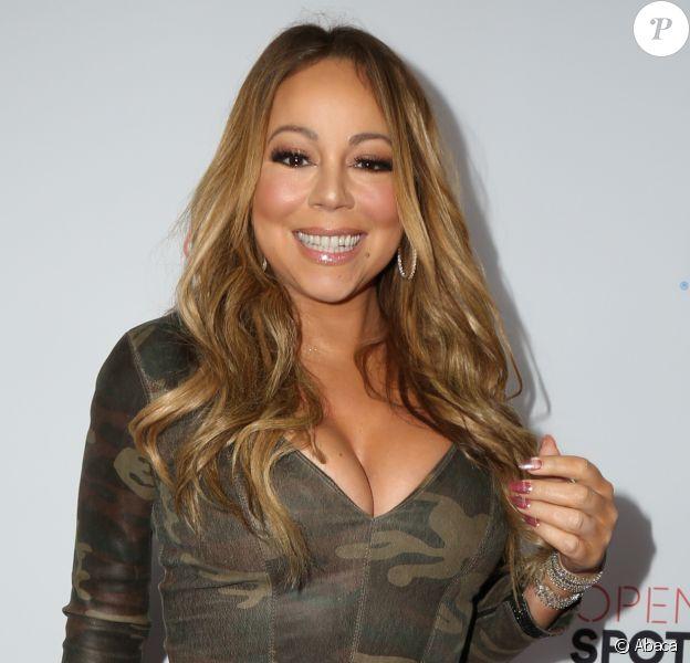 Mariah Carey participe à une soirée Airbnb organisée à Los Angeles le 19 novembre 2016.