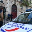La Police Technique et Scientifique quitte l'hôtel de Pourtalès où Kim Kardashian a été attaquée. Paris le 3 octobre 2016.