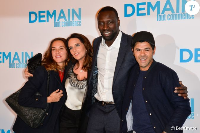 omar sy et sa femme h l ne jamel debbouze et sa femme m lissa theuriau avant premi re du film. Black Bedroom Furniture Sets. Home Design Ideas