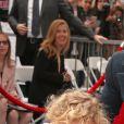 Ryan Reynolds et sa fille James sur le Walk of Fame à Hollywood, le 15 décembre 2016