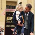 Ryan Reynolds et sa fille James à Hollywood, le 15 décembre 2016