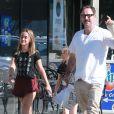 Exclusif - David Arquette, sa fille Coco et une amie sont allés déjeuner, puis ont mangé une glace à la sortie du restaurant à West Hollywood. Le 16 juillet 2015