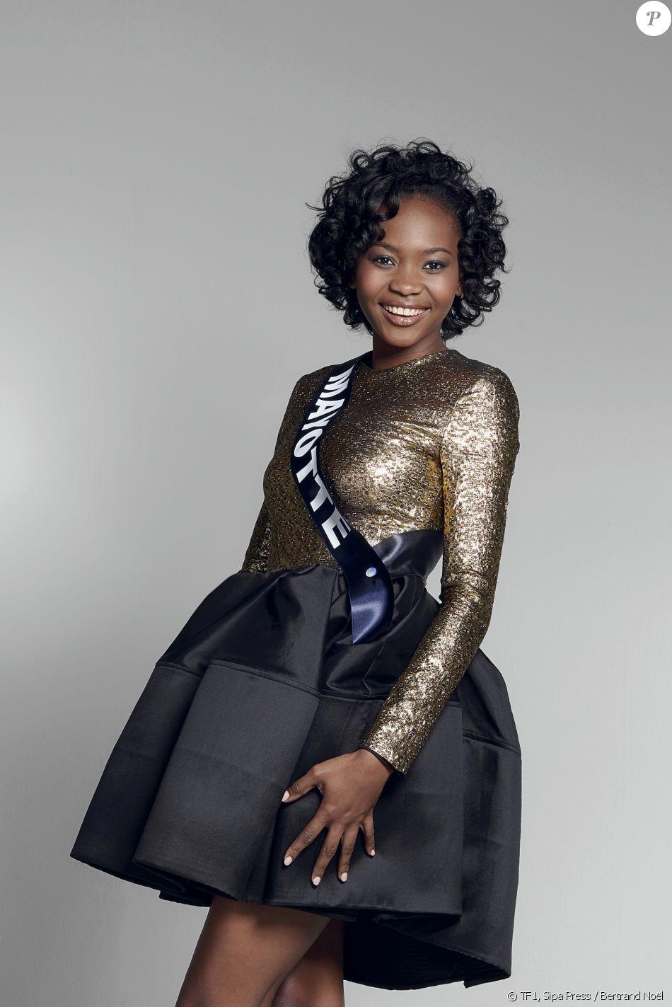 Miss Mayotte 2016 : Naïma Madi Mahadali.