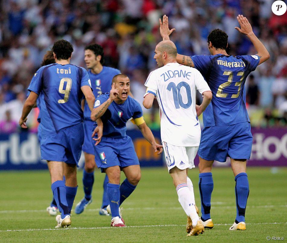 Zin dine zidane son c l bre coup de boule immortalis materazzi jubile purepeople - Musique coupe du monde 2006 ...