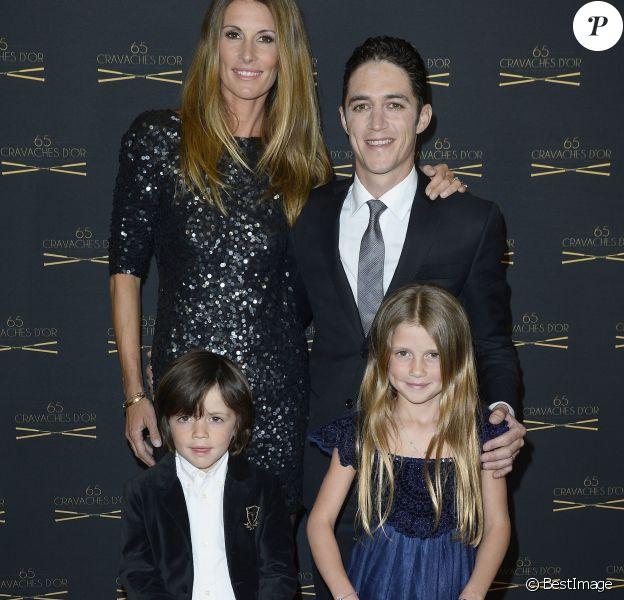 Sophie Thalmann, son mari Christophe Soumillon et leur enfants Charlie et Mika - 65e édition des Cravaches d'Or au Théâtre des Champs-Elysées à Paris le 14 mars 2014.