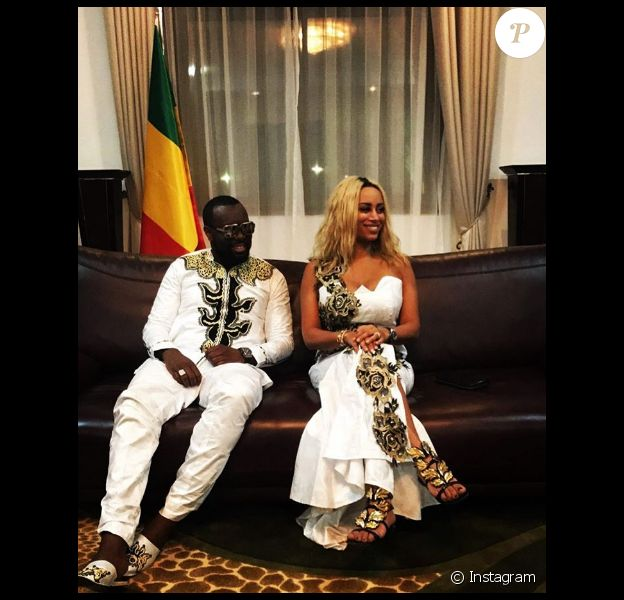 Maître Gims et sa femme Dem Dem ont rencontré le président de la république du Mali, Ibrahim Boubacar Keïta. Photo postée sur Instagram en janvier 2017.