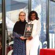 Meryl Streep et Viola Davis lors de l'inauguration de l'étoile de Viola Davis sur le Walk of Fame à Hollywood le 5 janvier 2017.
