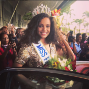 "Miss France 2017 : Alicia Aylies accueillie comme ""une reine"" en Guyane"