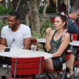 """Exclusif - Giuseppe, Laury et Senna de l'émission """"Les Anges 9"""" se promènent et prennent un verre à Miami le 11 janvier 2017."""