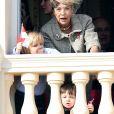 La princesse Caroline de Hanovre et ses petits-fils Sacha Casiraghi et Raphaël Casiraghi au balcon du palais lors de la Fête Monégasque à Monaco, le 19 novembre 2016. © Bruno Bebert/Dominique Jacovides/Bestimage