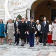 La princesse Stéphanie de Monaco, la princesse Alexandra de Hanovre, la princesse Caroline de Hanovre, son petit-fils Sacha Casiraghi, le prince Albert II de Monaco et sa femme la princesse Charlène de Monaco, Elisabeth-Anne de Massy (cousine du prince Albert II de Monaco), Andrea Casiraghi, sa femme Tatiana Santo Domingo et leur fille India Casiraghi, Charlotte Casiraghi, Mélanie de Lusignan (la fille d'Elisabeth-Anne de Massy) - La famille princière de Monaco dans la cour du Palais Princier lors de la fête Nationale monégasque à Monaco, le 19 novembre 2016. © Olivier Huitel / Pool Restreint Monaco / Bestimage