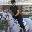 Iggy Azalea fait de l'équitation à Calabasas, le 5 octobre 2016